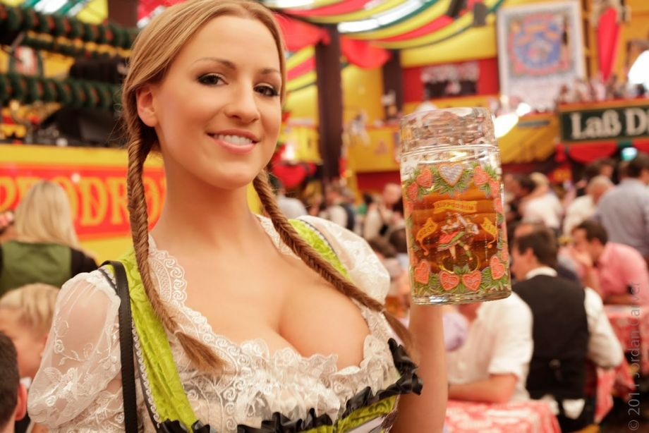 http://thebeerlantern.com/wp-content/uploads/2014/09/Oktoberfest-etk2.jpg
